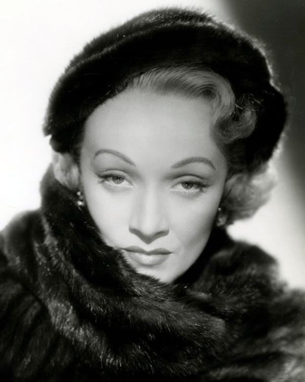 1951年的瑪琳·黛德麗