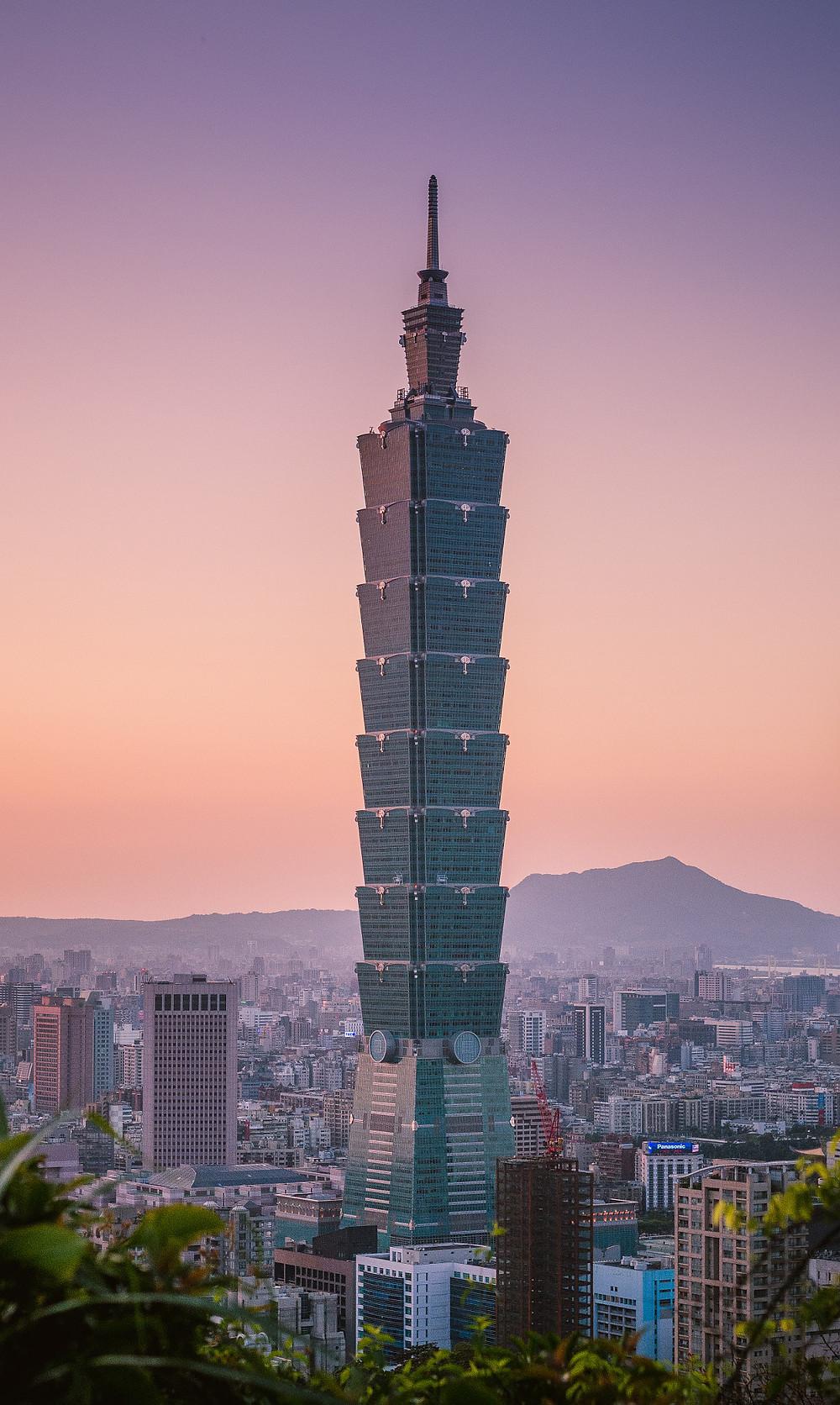 台北101 2004年12月31日至2010年1月4日間擁有世界第一高樓的紀錄