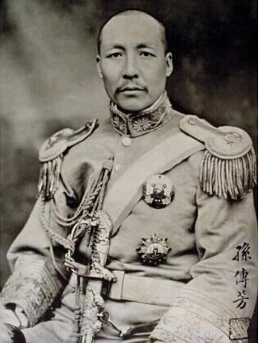 孫傳芳,與張作霖、張宗昌並稱為三大軍閥(公有領域)