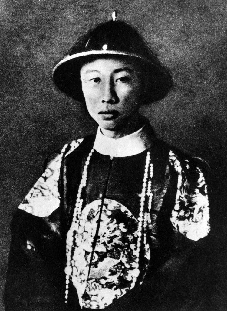 清朝最後一位皇帝  愛新覺羅.溥儀