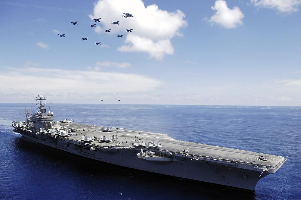 南海上的亞伯拉罕·林肯號(2006年5月8日)
