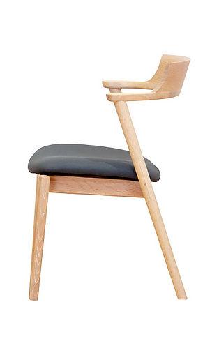 Selbulba Chair 03.jpg