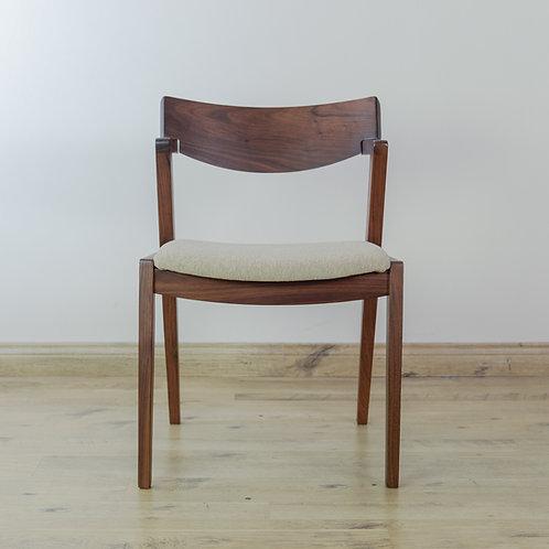 Chair WWC-0619