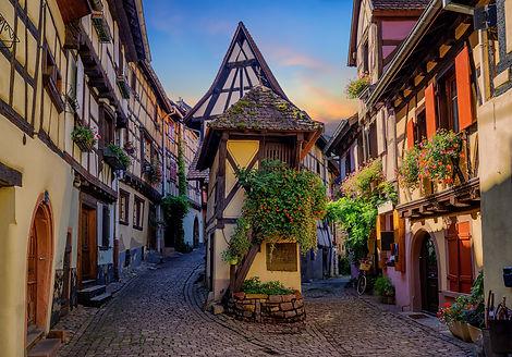 Eguisheim_iStock-1049472594.jpg
