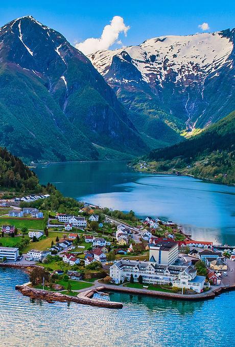 Sognefjord_iStock-1151383123.jpg