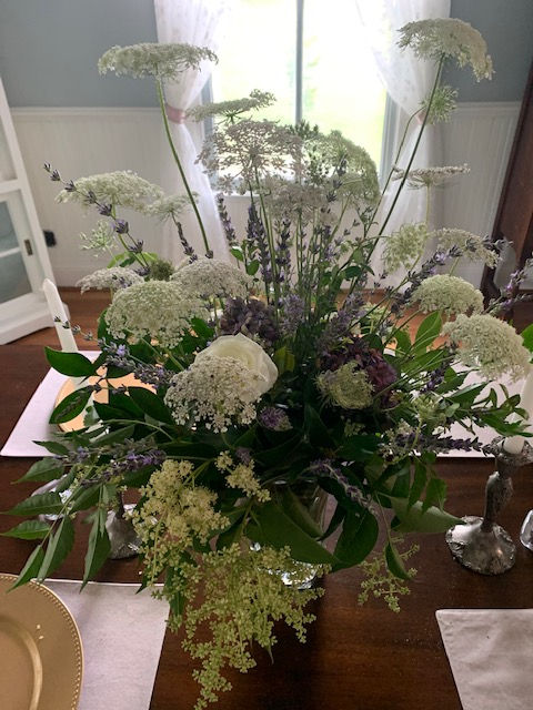 Lavender dining room arrangement I desig