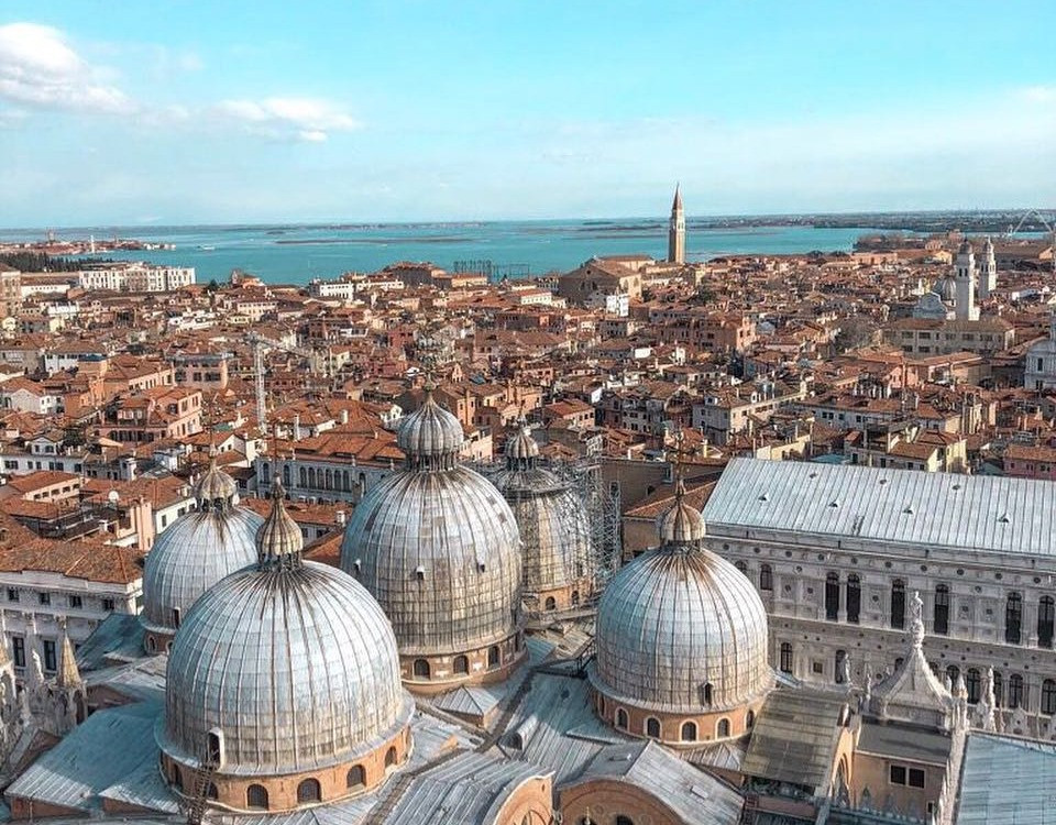 venezia dall'alto - carnevale a venezia