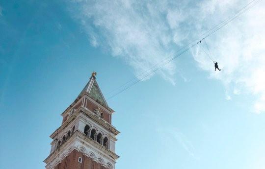 volo dell'angelo venezia renzo rossi