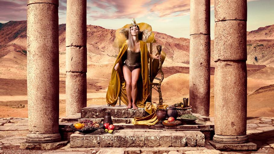 Sensualité_Velvet_Muses_Campaign_-_Ompha