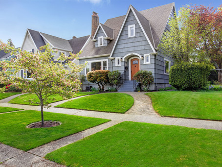 Purchasing A New Home? 5 Things You Should Know About The Roof Before You Buy