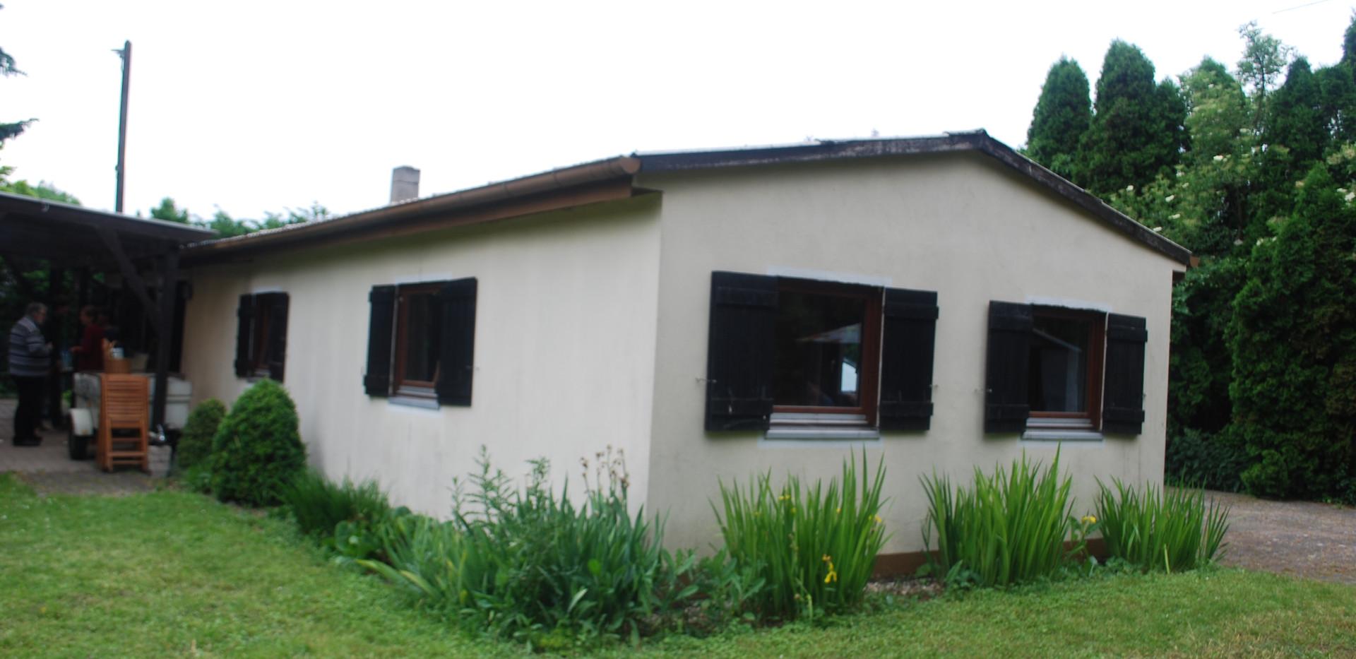 Heidehaus außen (2).JPG