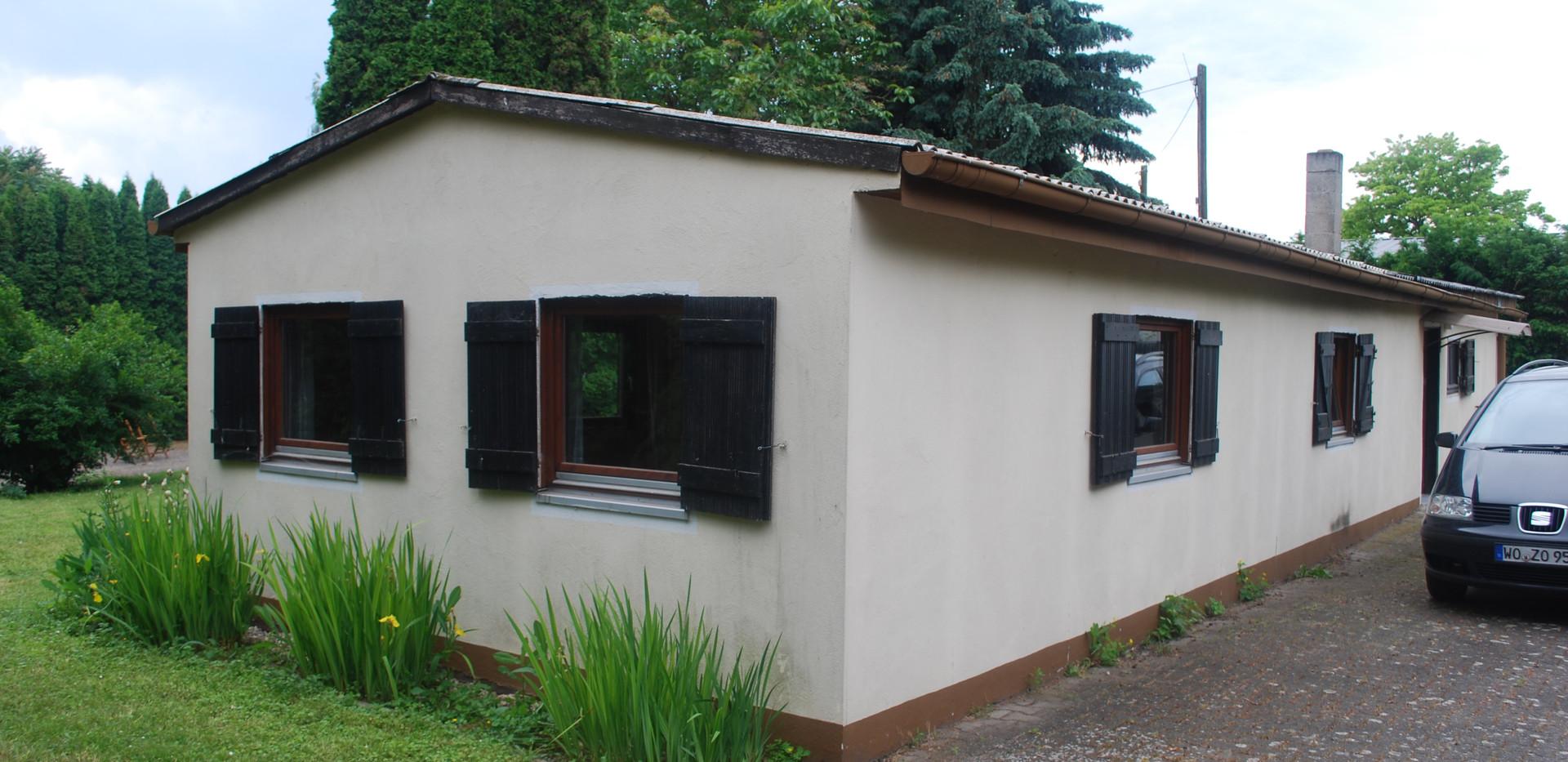 Heidehaus außen (3).JPG