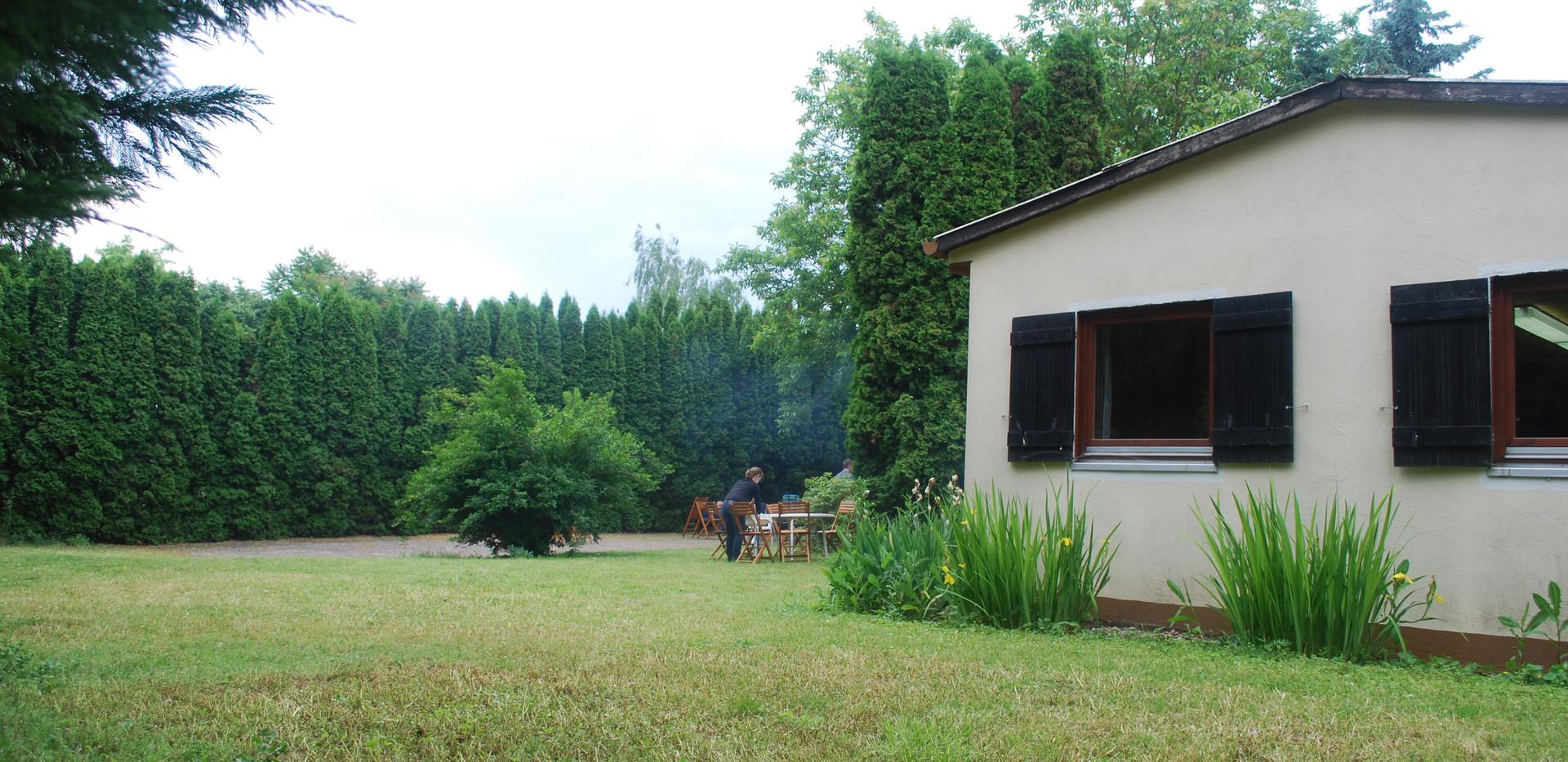 Heidehaus außen (1).JPG