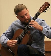 Natan Pedrotti - Professor de Violão - Fm Escola de Música
