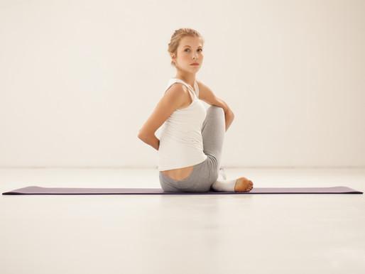 Ásanas, com ênfase em Flexibilidade