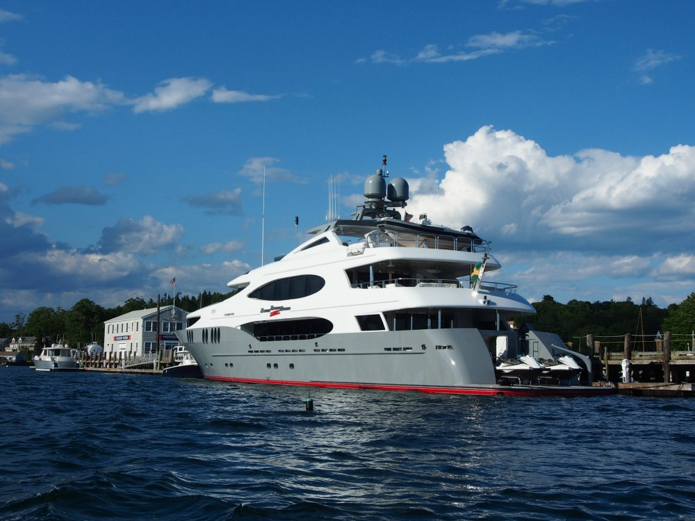Maine Mega Yacht Dock