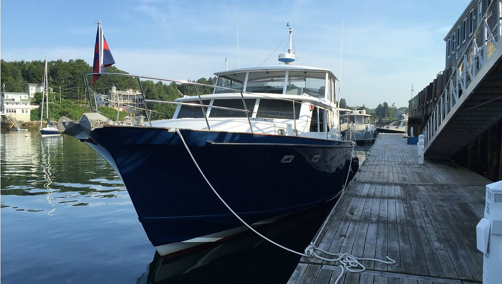 Hunt Motor Yacht Slip Space