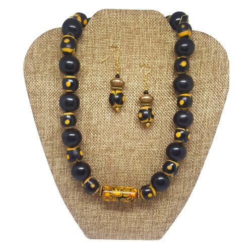 THE SILK TENT Collection Necklace Set