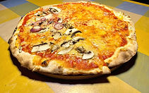 Vegan%20pizza_edited.jpg