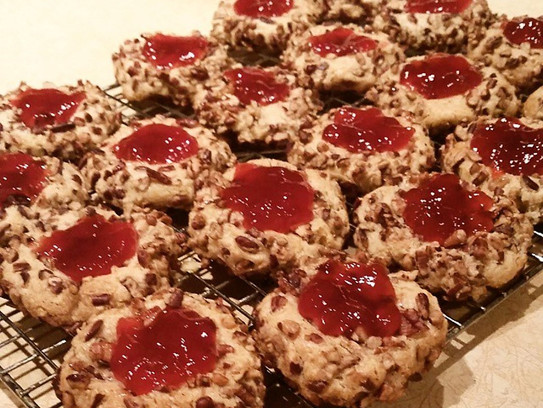 Christmas Cookie Magic – served best with ice cold milk or hot chocolate by Jessica