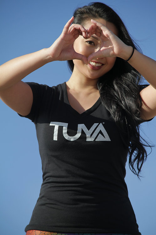 TUYA Tribe Women's V-Neck Shirt - 100% recycled