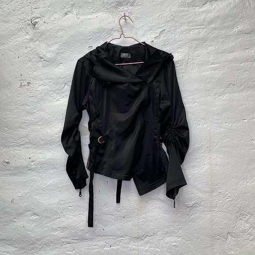 Veste asymétrique noire, années 2000, TS, Carling in love