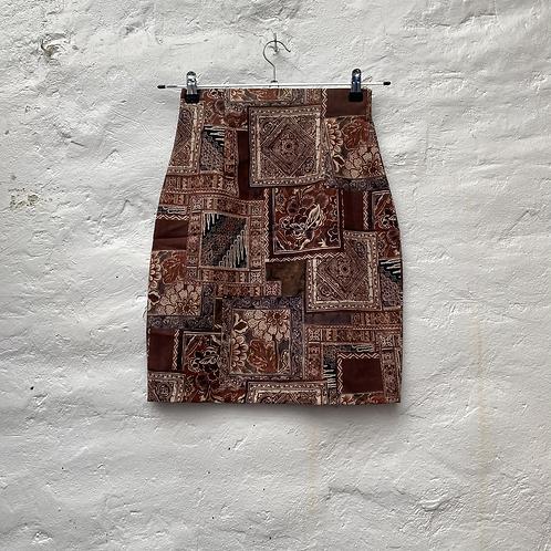 Jupe à motif géométrique et floral, années 2000, TM, Mim