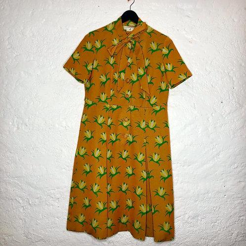 Robe vintage orange à motif