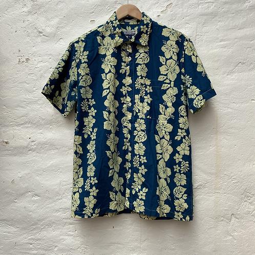 Chemisette hawaiienne bleue, TL, Front Side