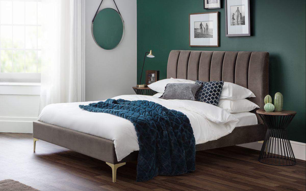 deco-bed-roomset.jpg