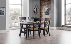 hockley-dining-table-4-chairs-roomset
