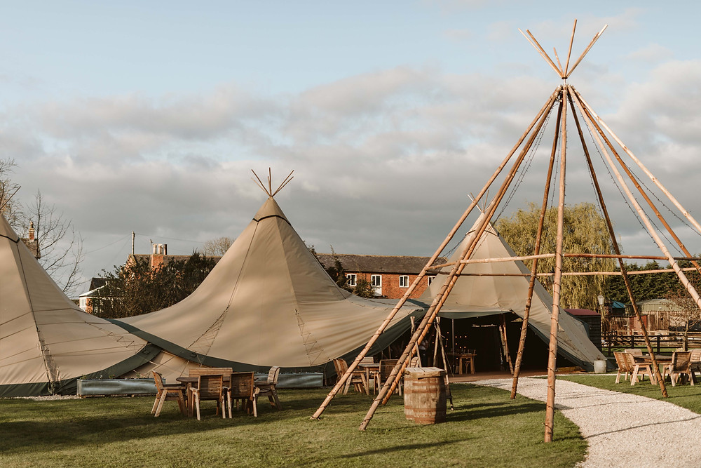 Wedding Tipi Hire, wedding teepee hire, tipi hire, tipi tent, teepee hire, tipi wedding, teepee wedding, yorkshire tipi hire, wedding tipi tent, wedding teepee, tipi tent wedding, teepee tent wedding