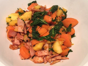 SWEET POTATO, BACON & APPLE HASH
