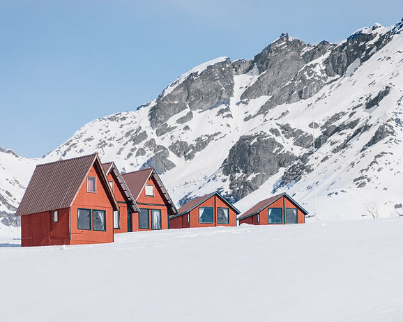 alaska cabin hatcher pass winter