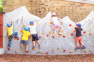 Lilliput nursery Walton on Thames - childcare and education for babies and children from 6 months to 5 years
