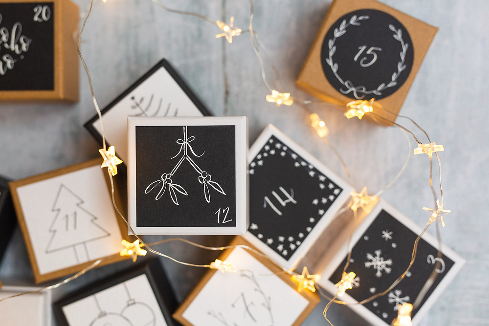 Christmas Calligraphy Details | Brand Photography for Judy Broad Calligraphy By Fresh Leaf Creative | Calligraphy DIY Advent Calendar