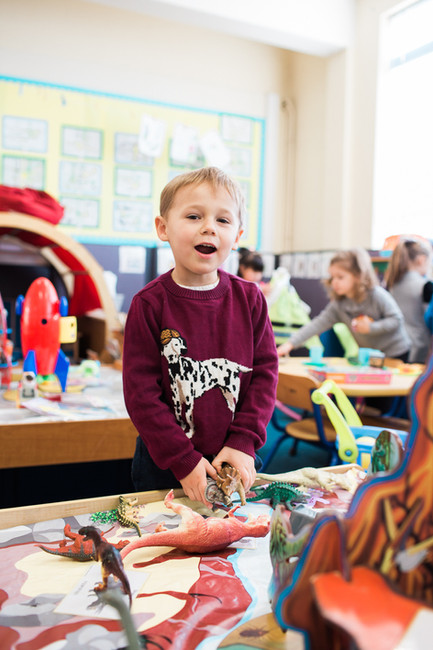 Young Explorers Nursery & Preschool Cobham | A gem of a pre-school with fantastic facilities in the heart of Cobham, providing childcare for 2-4 years old on a term time only basis