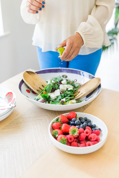 Female fertility nutrition | Registered Surrey Nutritionist Specialising in Fertility & Preconception |  Helping couples who are trying to get pregnant to harness nutrition to maximise the chances of conceiving | Claudia Bruen Fertility Nutritionist Surrey