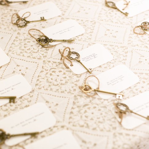 Seating Tags with Antique Skeleton Keys