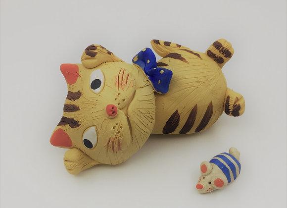 玩耍貓貓 (Tora Cat)