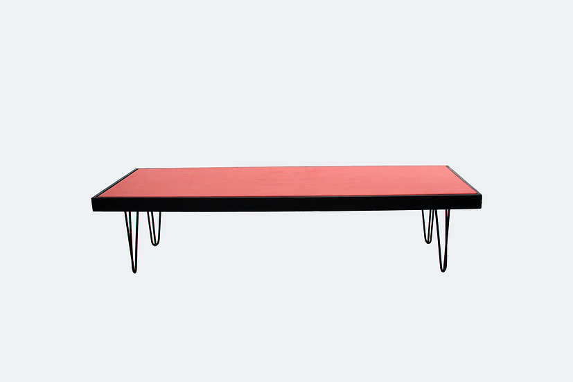 Coffee Table Coral, Black Frame w/ Black Hair Pin Legs