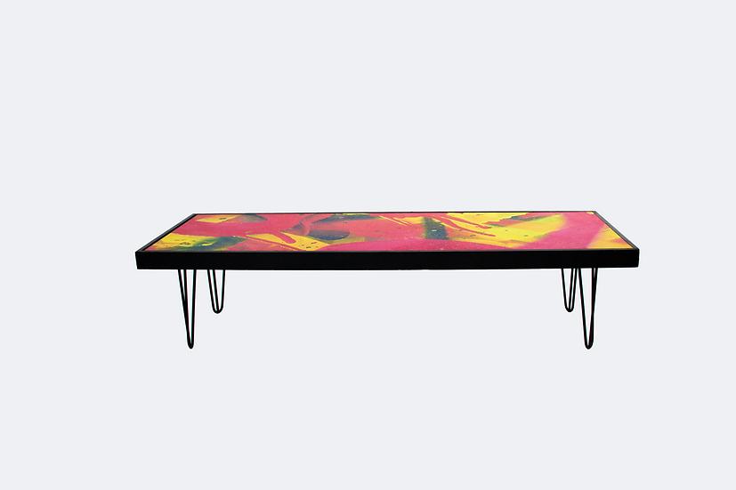 Coffee Table Graffiti, Black Frame w/ Black Hair Pin Legs