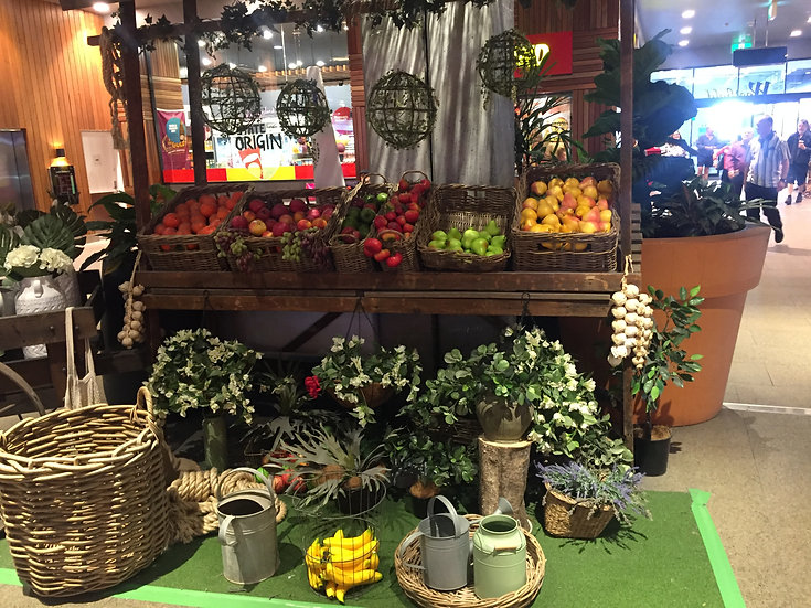 Country Fruit & Veg Stand