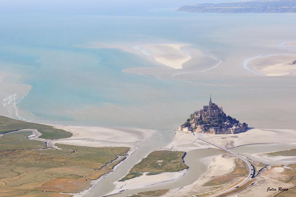 Le Mont Saint Michel autrement et loin des foules - en ULM ! Photographe Lille