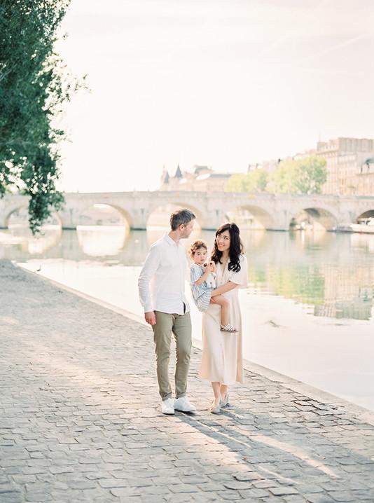 family-photos-film-Paris-JuliaRapp