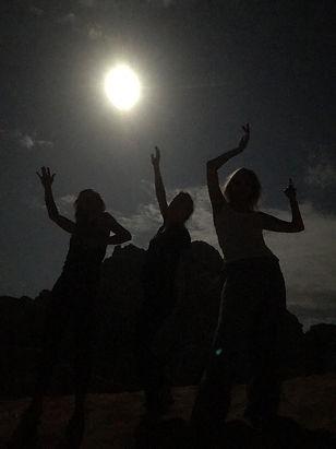 Full Moon dancing2.JPG