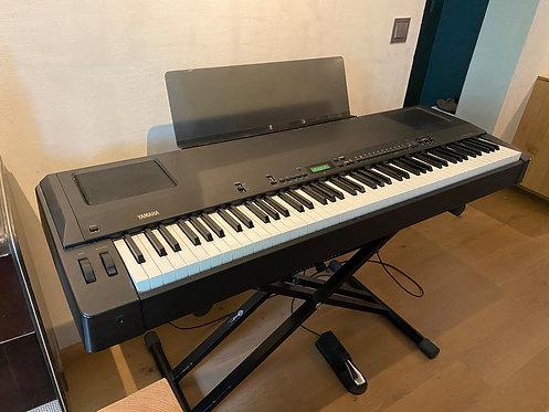 E Piano Yamaha P-200 gebraucht