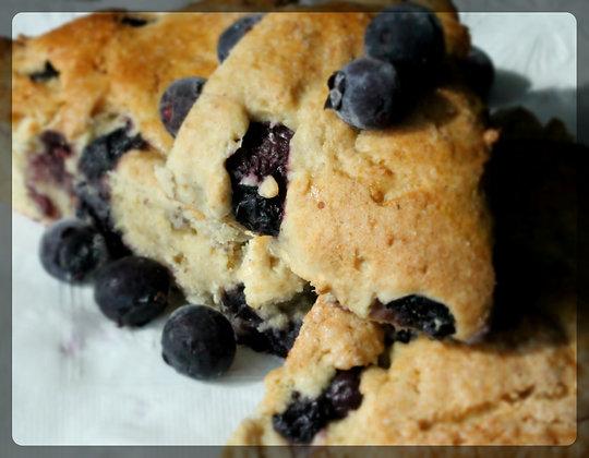 Blueberry Scones (6 pcs)