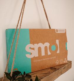 smol laundry capsules | plastic free laundry detergent