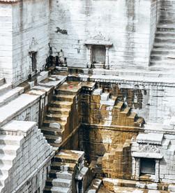 jodhpur's famous stepwell   Toorji Ka Jhalra Bavdi